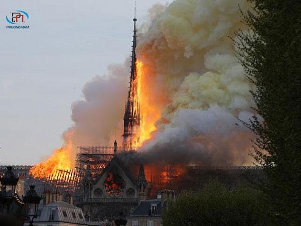 Tổng hợp những thông tin về vụ hỏa hoạn nhà thờ Đức Bà Paris